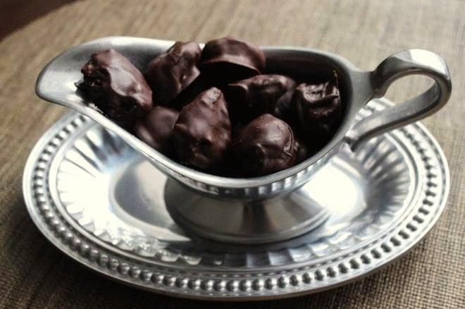 Easy vegan chocolate treats for Valentine's Day