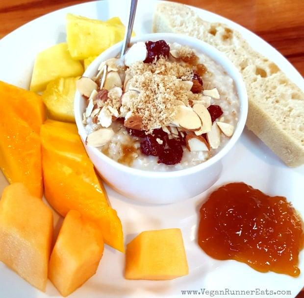 Vegan Big Island: vegan breakfast options at the Big Island Breakfast at Hilton Waikoloa Village