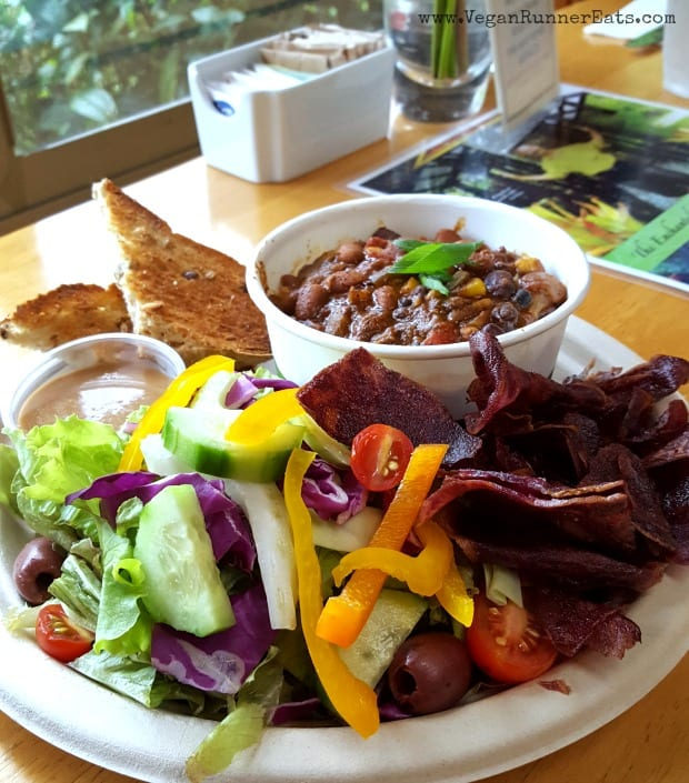 Vegan food on Big Island: chili with rice and a side salad at Cafe Ono on Big Island of Hawaii
