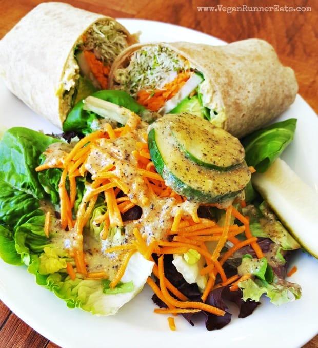 Vegan restaurants on Big Island of Hawaii: lunch at Under the Bodhi's Tree
