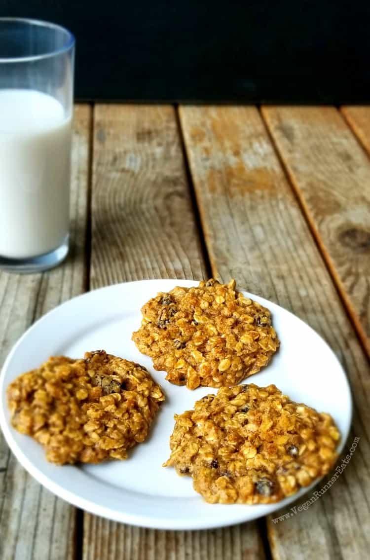 Homemade Vegan Oatmeal Raisin Cookies Recipe