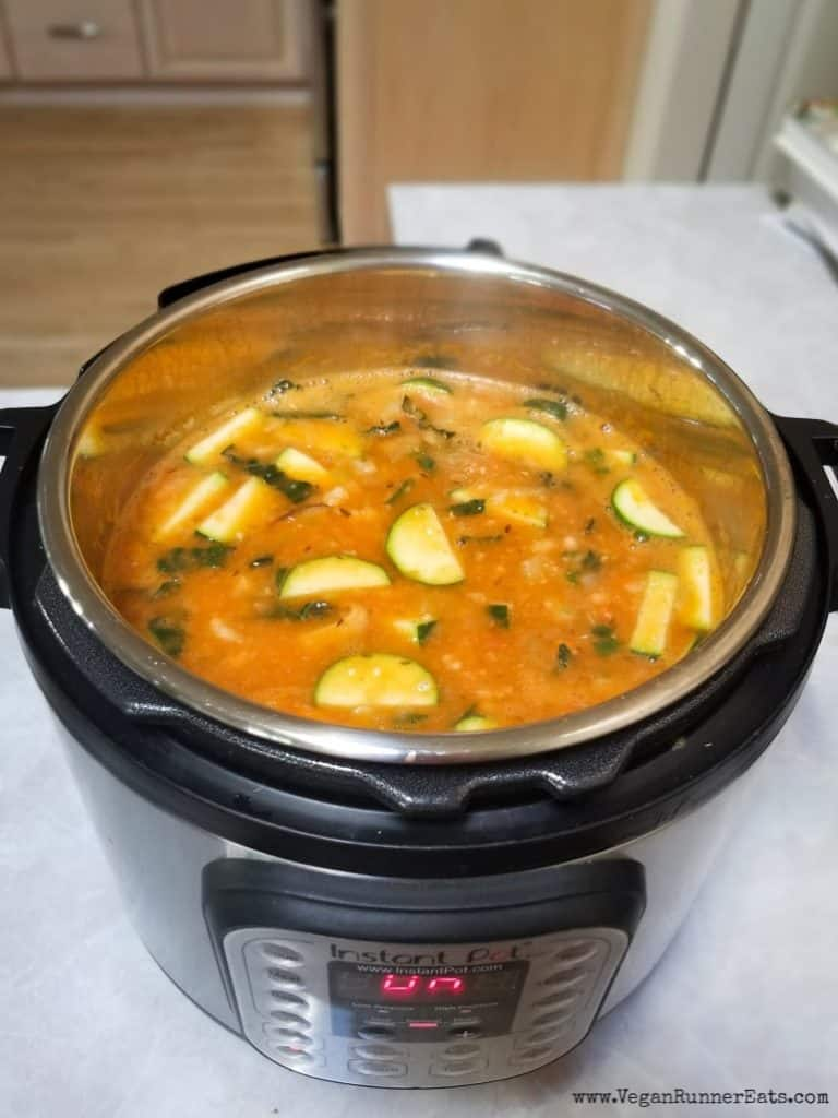 How to make vegan Instant Pot minestrone soup
