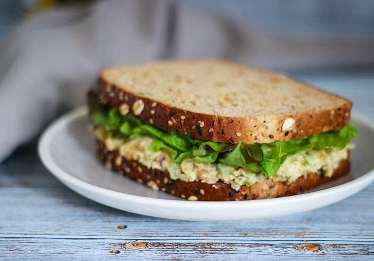 Vegan chickpea salad sandwich recipe with only 5 ingredients!