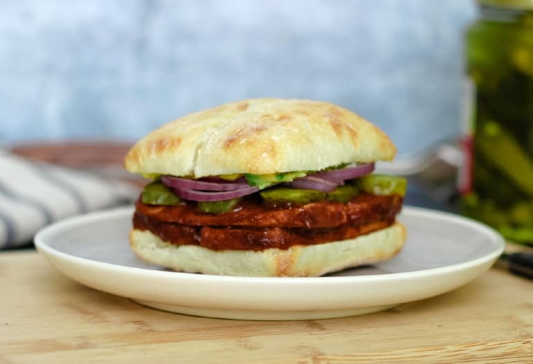 Vegan barbecue tofu sandwich with baked BBQ tofu