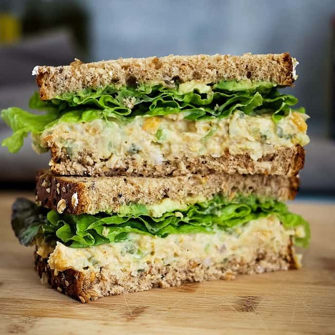 Best chickpea salad sandwich recipe - 5 ingredients only