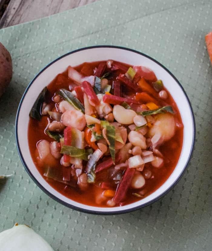 Classic vegan borscht recipe