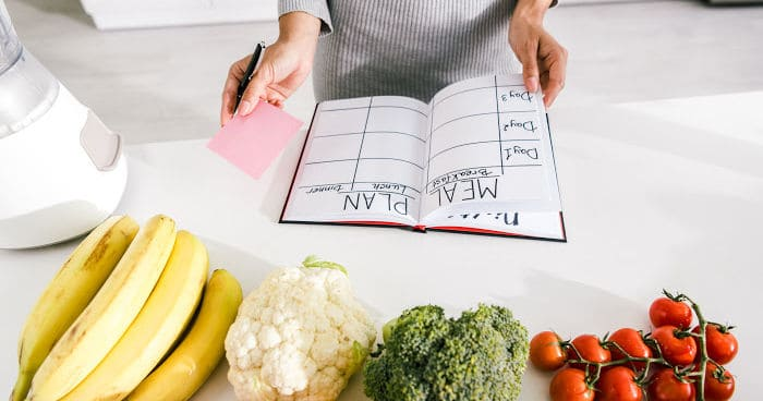 Tips for meal planning to save time in the kitchen